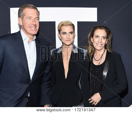 LOS ANGELES - FEB 10:  Brian Williams, Allison Williams and Jane Stoddard Williams arrives for the