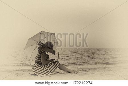 Retro Photo Girls On The Beach