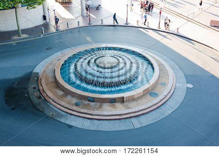 Allen Lewis Fountain In Circular Quay