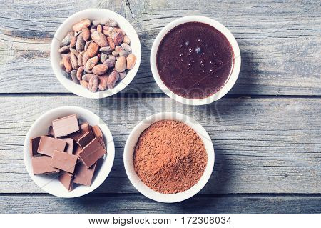 Stages preparation of chocolate from cocoa beans