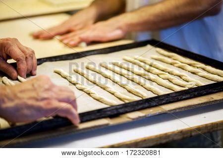 Manual Breadstick Work