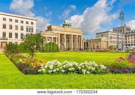 Pariser Platz With Brandenburg Gate, Berlin, Germany