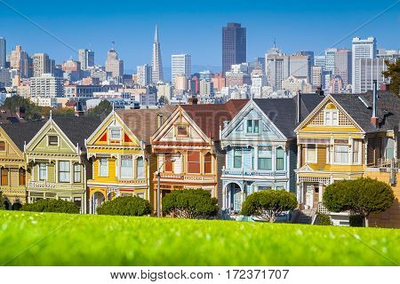 Painted Ladies At Alamo Square, San Francisco, California, Usa