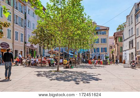The Outdoor Cafes Of Panier