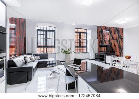 Modern Designed Living Room
