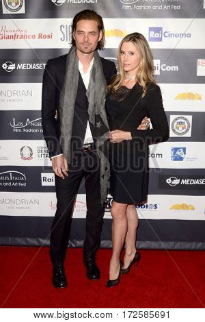 LOS ANGELES - FEB 19:  Christopher Backus, Mira Sorvino at the Los Angeles Italia Film Festival at the TCL Chinese 6 Theaters on February 19, 2017 in Los Angeles, CA