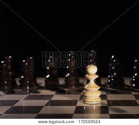 strategy of the game of chess, a single white pawn