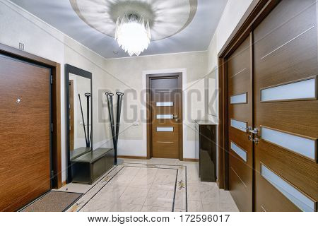 the lobby, corridor,hall ,marble staircase,stairs,Entrance hall,living room,staircase,column ,cottage,wooden house, Villa,flat , the hotel,apartment,house,Studio, mansion,cottage,property, luxury, wealth, door, window,floor,wood, brick,marble,tile, stone,