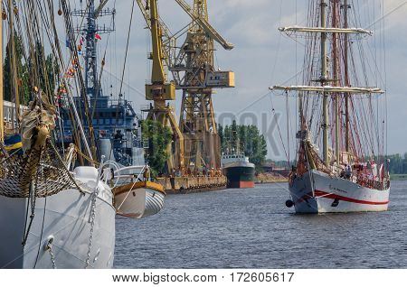 SAILING SHIPS, SHIPS; WARSHIPS - Feast Days of the Sea in Szczecin