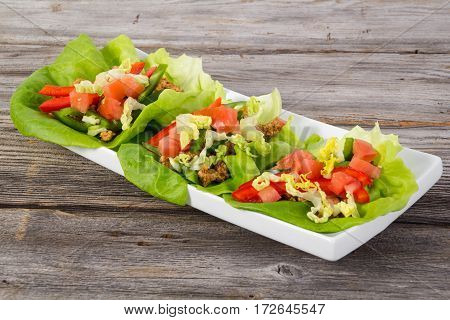 mexican pork lettuce wraps as healthy taco low carb diet
