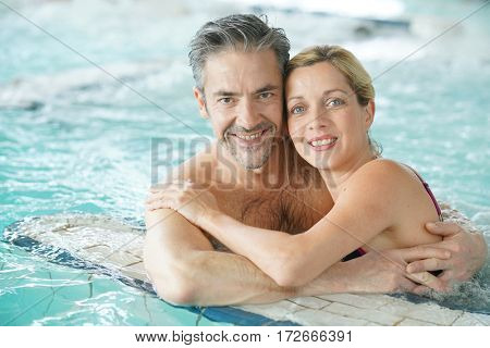 Couple relaxing in thalassotherapy thermal water
