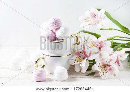 Delicious White And Pink Marshmallows In Cup.
