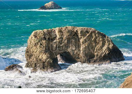 USA Pacific coast landscape, Arch Rock, Oregon State
