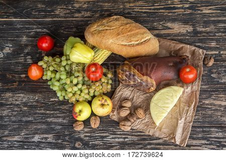 Still a top view of the food on rustic wooden table