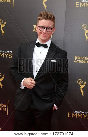 LOS ANGELES - SEP 11:  Taylor Oakley at the 2016 Primetime Creative Emmy Awards - Day 2 - Arrivals at the Microsoft Theater on September 11, 2016 in Los Angeles, CA