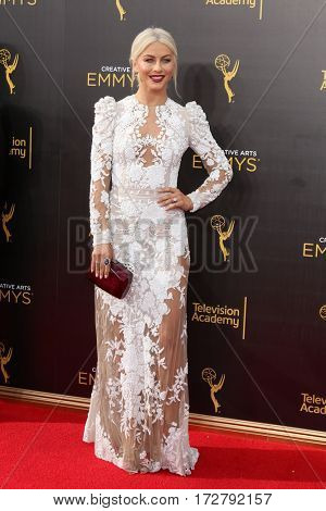 LOS ANGELES - SEP 11:  Julianne Hough at the 2016 Primetime Creative Emmy Awards - Day 2 - Arrivals at the Microsoft Theater on September 11, 2016 in Los Angeles, CA