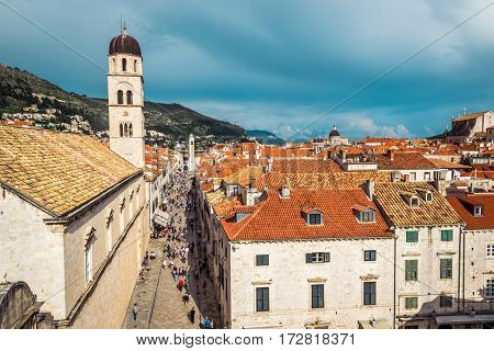 Dubrovnik, Croatia - June 13, 2016: Multitude Of Tourists Visit The Old City Of Dubrovnik And The Fa