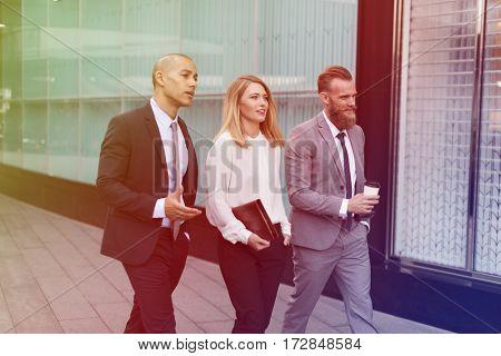 Photo Gradient Style with Businesspeople Men Women Walk Colleague