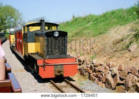 Trens de passageiros de bitola estreita