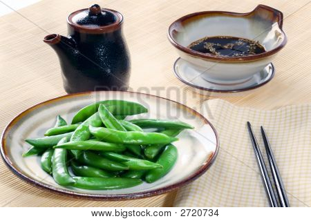 Snow Peas With Dipping Sauce