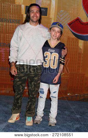 LOS ANGELES - DEC 1:  Pete Wentz, Bronx Wentz at the