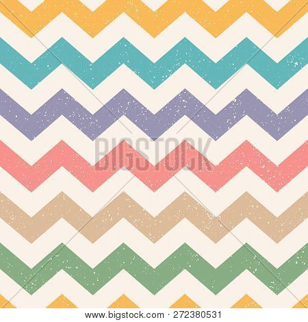 Vector Vintage Zig Zag Seamless Pattern For Christmas Or Birthday. Retro Funny Zig Zag Vector Patter