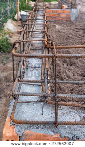 Structure Reinforced Concrete Floor Purlin With Steel Tied, House Building