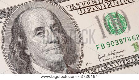 Cien dólares