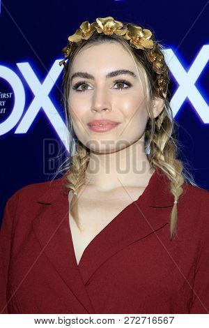 LOS ANGELES - DEC 5:  Sophie Simmons at the