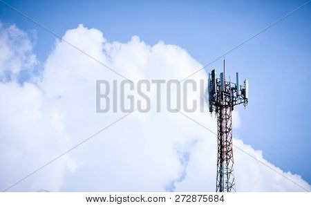 Telecommunication Mast Tv Antennas Wireless Technology With Blue Sky, 3g, 4g And 5g Cellular. Base S
