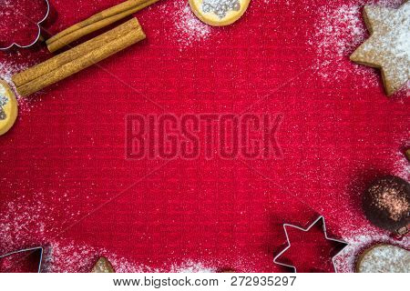 Christmas Decorative Wallpaper, Christmas Cookies, Christmas Decorations, Chestnut, Powdered Sugar,