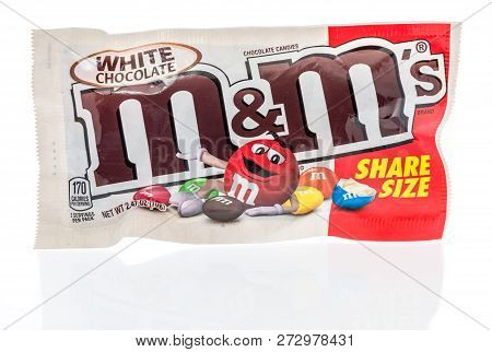 Winneconne, Wi - 3 December 2018: A Package Of White Chocolate M&m In Share Size On An Isolated Back