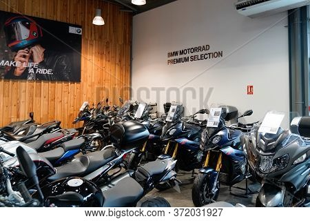 Bordeaux , Aquitaine / France - 02 15 2020 : Bmw R Motorbike In Dealership Shop Second Hand Motorcyc