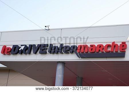 Bordeaux , Aquitaine / France - 01 09 2020 : Intermarche Sign Shop French European Supermarket Chain