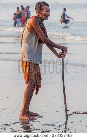 Dublar Char, Bangladesh - November 14, 2016: Hindu Pilgrim On A Beach During Rash Mela Festival At D
