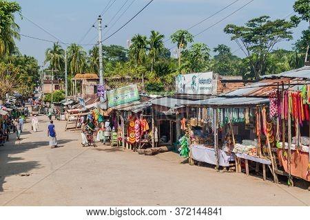Bagerhat, Bangladesh - November 16, 2016: Street Lined With Market Stalls In Bagerhat, Bangladesh