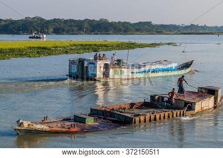 Gabkhan Channel, Bangladesh - November 19, 2016: Heavily Loaded Cargo Ships On Gabkhan Channel, Bang