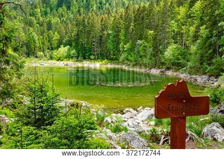 Lake Frillensee In Bavaria Is A Small And Beautiful Mountain Lake In The German Alps - Grainau, Germ