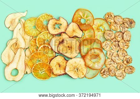 Dry Slice Fruits Apple, Banana, Persimmon, Tangerine, Pear. Tasty Dehydrated Mix Fruit Chips. Trendy