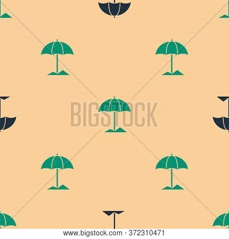 Green And Black Sun Protective Umbrella For Beach Icon Isolated Seamless Pattern On Beige Background