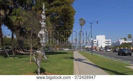 Modern Art Sculpture At Beverly Gardens Park In Beverly Hills - Los Angeles, Usa - March 18, 2019