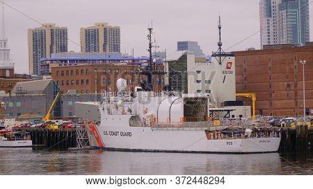 Us Coast Guard In Boston - Boston. Usa - April 5, 2017