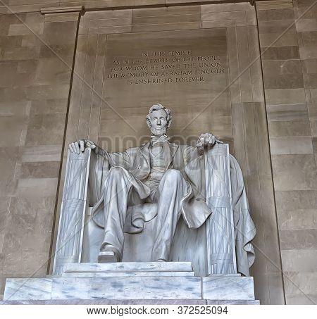 22.06.2016. Washington D.c.,usa Statue Of Abraham Lincoln, Lincoln Memorial, Washington Dc