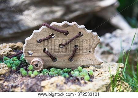 Natural Wooden Lacing Toy Hedgehog For Educating Fine Motor Skills, Hand Eye Coordination, Mathemati
