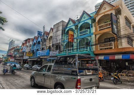 Thailand, Pattaya, 25,06,2017 Streets Of Pattaya With A Huge Number Of Electrical Wires