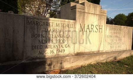 Grave Of Famous Margaret Mitchell - Author Of Gone With The Wind At Atlanta Cemetery - Atlanta, Geor