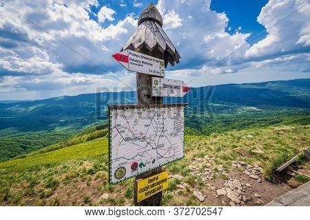 Wetlina, Poland - May 11, 2018: Sign Near Smerek Peak Located In Wetlina Polonyna Montane Meadow In
