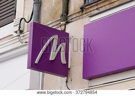 Bordeaux , Aquitaine / France - 02 20 2020 : Marionnaud Logo Store M Brand Chain Of Cosmetics Shop F