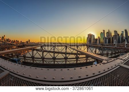 New York, Usa - March 9, 2020: Large Angle View Of Brooklyn Bridge In Afternoon Light. Skyscrapers F