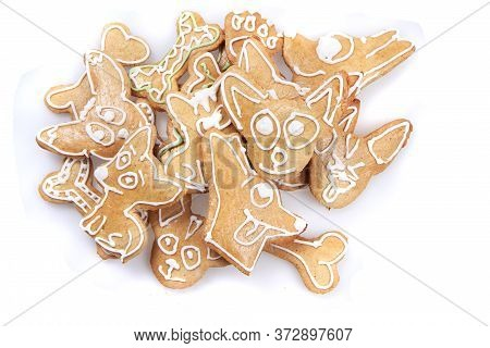 Sweet Gingerbread For Chihuahua Dog Christmas Party